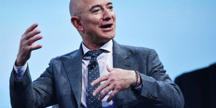 Jeff Bezos Yeniden Dünya'nın En Zengin İnsanı İlan Edildi!