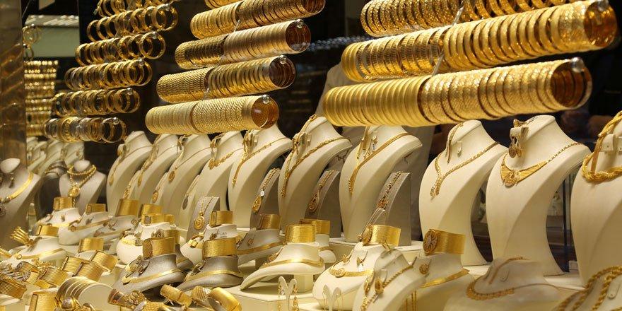 Altın Fiyatlarında Son Durum! 22 Ayar Bilezik, Çeyrek Altın, Gram Altın, Cumhuriyet Altını, Yarım Altın Güncel Fiyatı….
